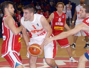 Bojan Bakić