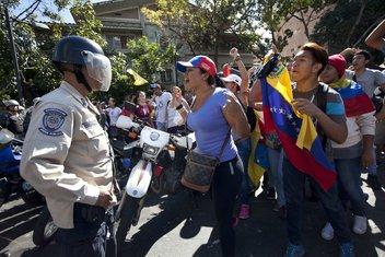 Venecuela protesti