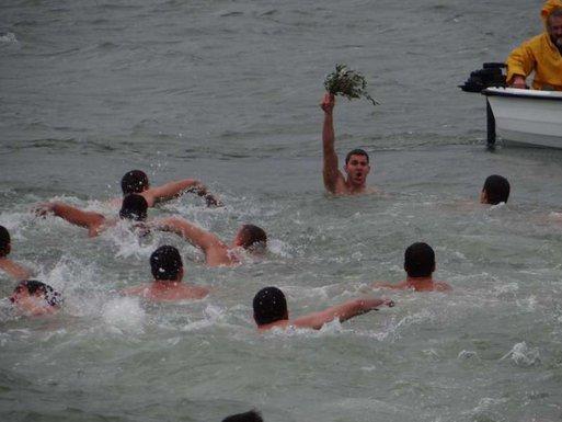 Boško Piper, plivanje za krst Tivat