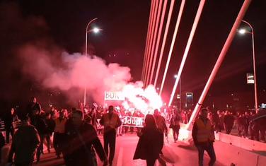 Večeras na protestu