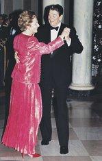 Ronald Regan, Margaret Tačer
