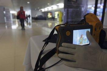ebola, aerodrom