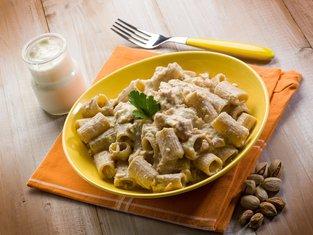 pasta sa pistaćima i gljivama
