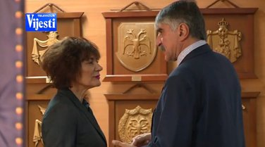 Vesna Gačević-Rogova, Dragoljub Strugar