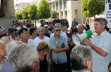 Dakićevci, protest