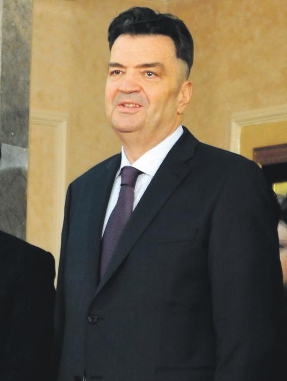 Duško Knežević