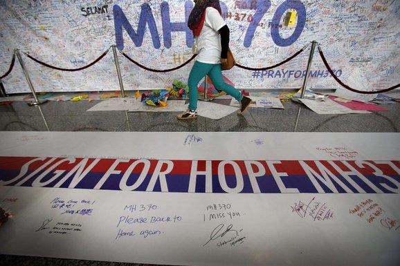 Nestali avion, poruke podrške, malaysian airlines