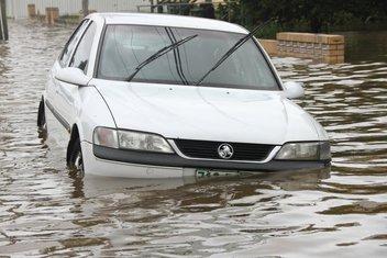 poplave, auto