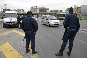 Pariz policija