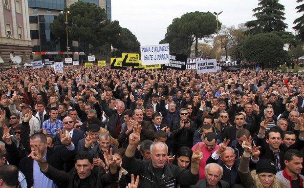 Albanija protest