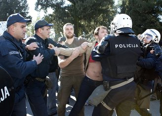 Protest, Marko Milačić, Boban Batrićević, Hapšenje