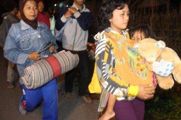 Indonezija, evakuacija