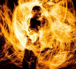 Čovjek gori