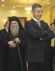 Milo Đukanović, Amfilohije