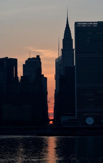 """Manhattanhenge"", zalazak sunca, Menhetn"