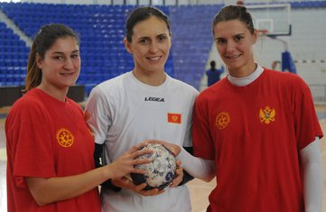 Sara Vukčević, Sandra Nikčević, Katarina Bulatović