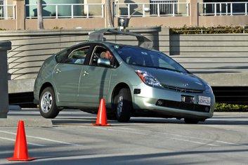 Gogole auto bez vozača