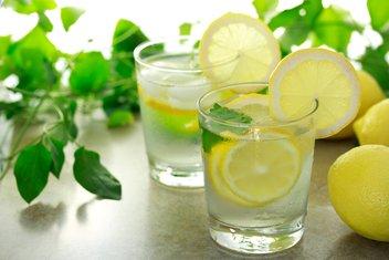 voda, limun