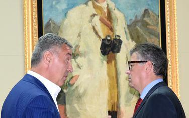Nisu odgovorili na optužbe Kneževića za A2A i EPCG: Đukanović i Gvozdenović
