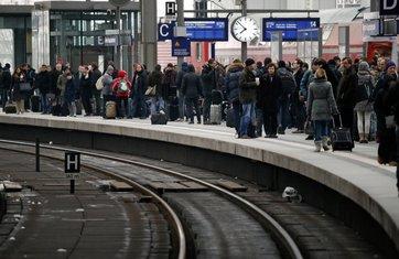 Berlin bomba, Željeznička stanica