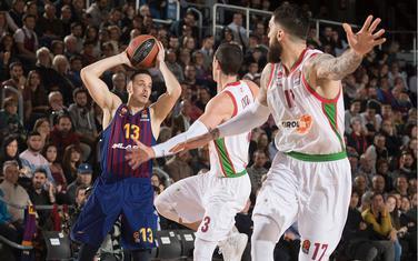 Plejmejker Barselone Toma Ertel na utakmici sa Baskonijom