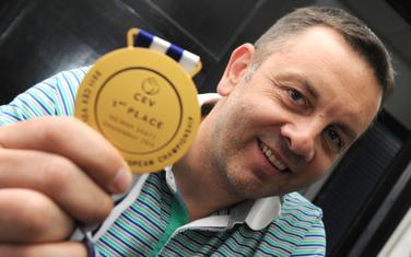 Igor Kolaković sa zlatnom medaljom osvojenom na Evropskom prvenstvu