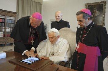 @Pontifex, papa tviter