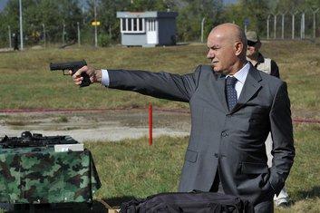 pistolj, boro vucinic
