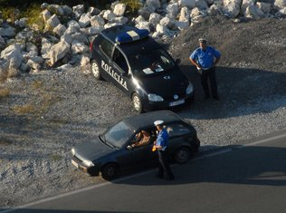 Policija patrola, radar