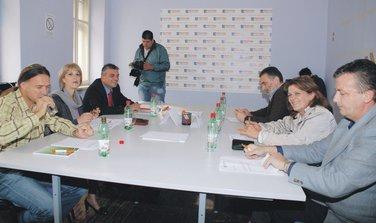Pozitivna Crna Gra, Demokrtski front Nikšić