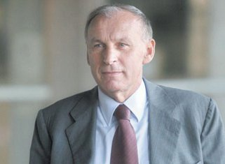 Dragan Džajić