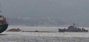 Brod potonuo kraj Atine