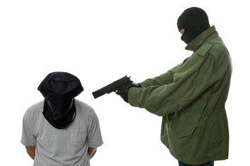 Mučenje, prijetnja , pištolj