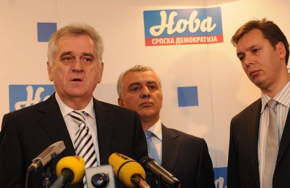 Toma Nikolić, Aleksandar Vučić, Andrija Mandić