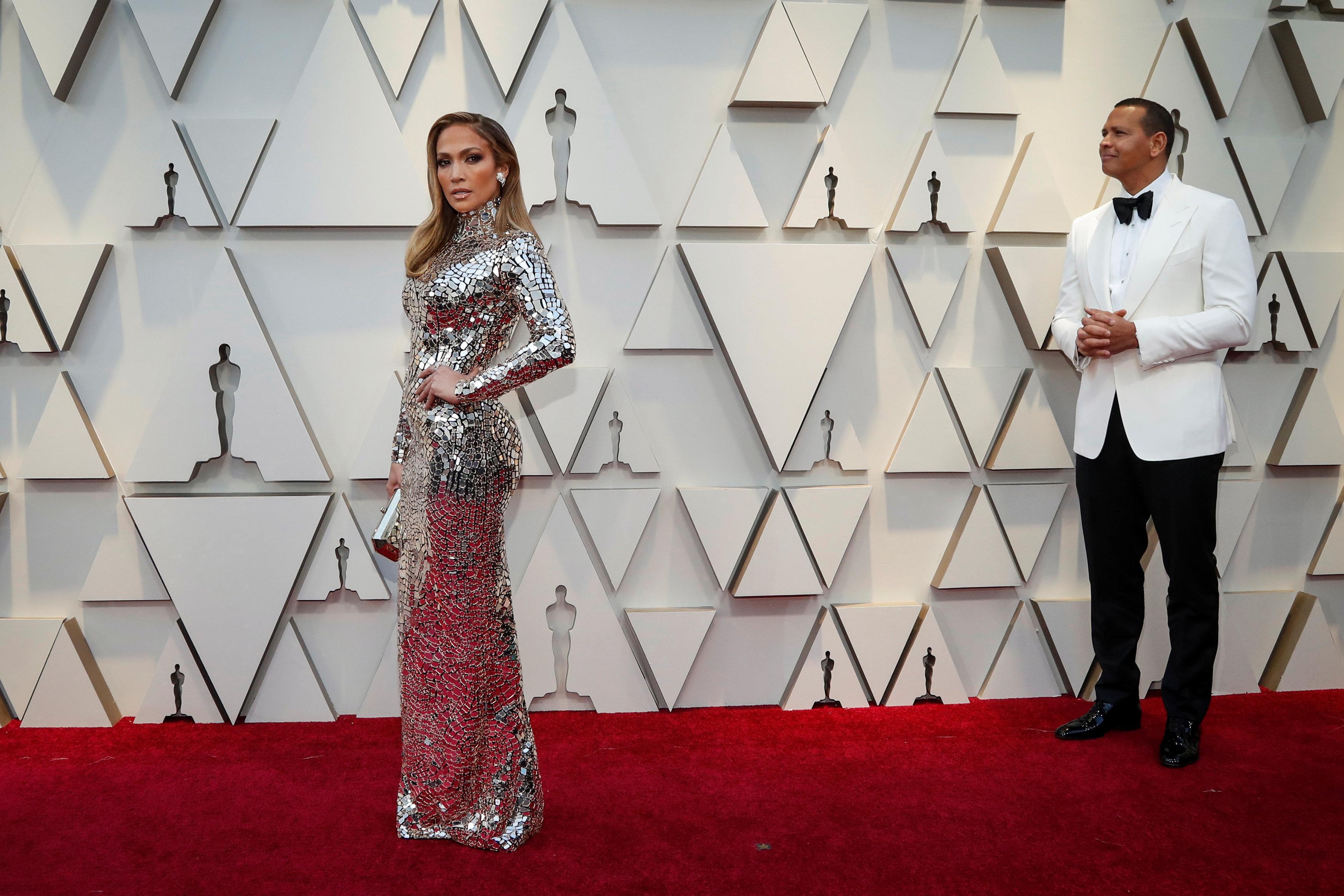Pogledajte kreacije koje su nosile Lejdi Gaga, Šarliz Teron, Dženifer Lopez... (foto: Reuters)