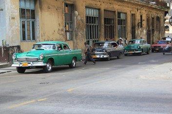 Kuba, automobil