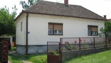 kuća M.L.