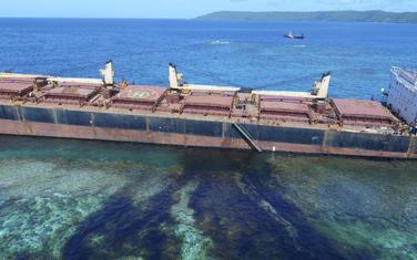 Nasukani brod na Solomonskim ostrvima