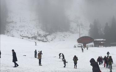 Sa skijališta (ilustracija)