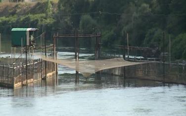 Problem za institucije, a ne ribare: Pregrađivanje jezera