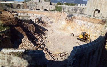 Gradilište na Mamuli