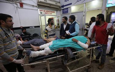 Povrijeđene dovode u bolnicu