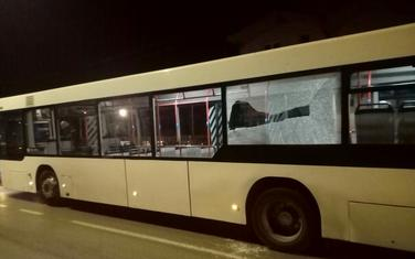 Jedan od pogođenih autobusa Gradskog saobraćaja