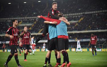 Milan osvojio i Veronu
