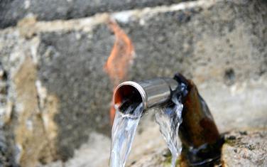 Navodni izvor vode u Borizanima