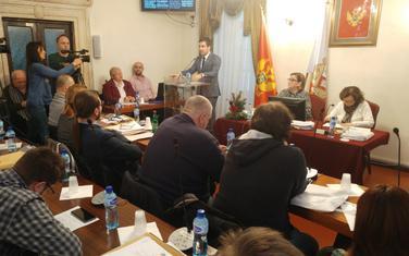 Koncesioni ugovor podjelio vlast: Sa sjednice SO Kotor
