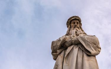 Spomenik Leonardu u Milanu