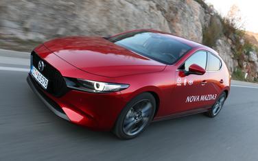 Nova Mazda 3