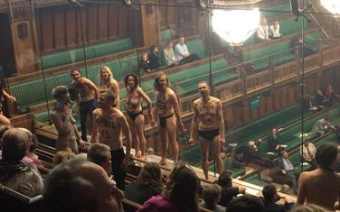Sa performansa u Britanskom parlamentu
