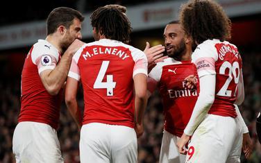 Slavlje fudbalera Arsenala nakon drugog pogotka